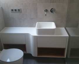 Lavabo Krion y madera